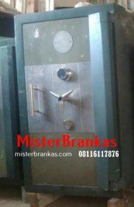 08116117876 |  Service Brankas besi, Ganti kunci Lemari brankas, service kunci Brankas dan angkut Lemari brankas di Banyubiru, Semarang