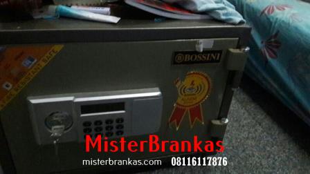 Ahli Perbaikan Brangkas di Jl. Taman Condro Kusumo, Semarang